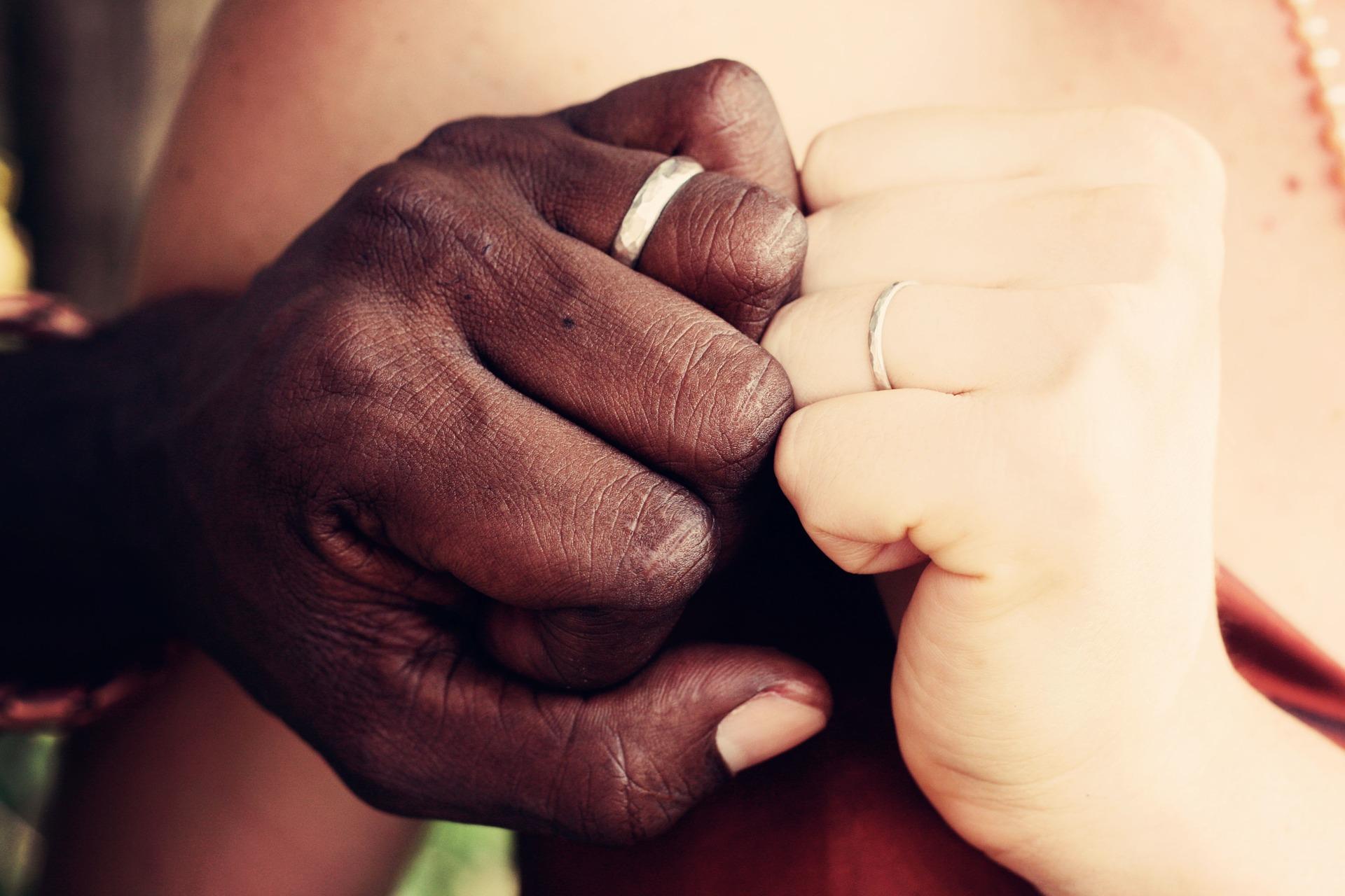 幸せ 差別 LGBT 結婚 同性婚